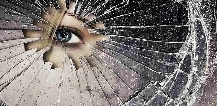 Что делать если разбилось зеркало