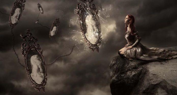 мистическое зеркало