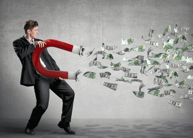 Как привлечь деньги в дом народные приметы