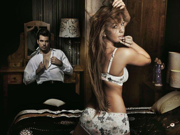 Чем можно удивить мужа в спальне